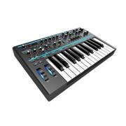 Novation Bass Station II  аналоговый моно-синтезатор