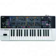 ROLAND GAIA SH-01 синтезатор